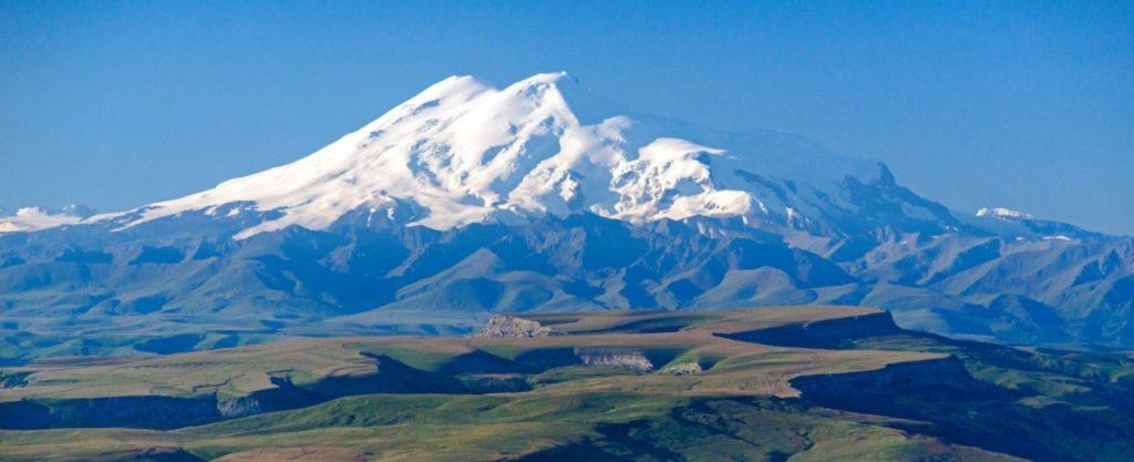 Эльбрус самая высокая гора в Европе